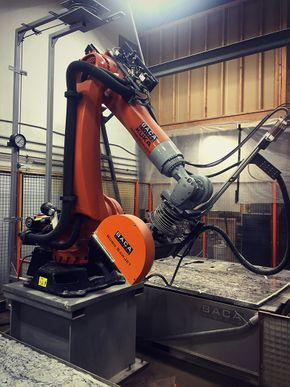 Robotic Arm precision water cutting granite